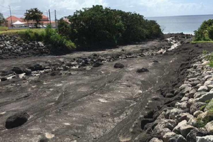 Lavalas-labou  mudslides